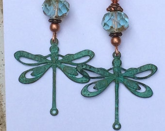 Dragonfly jewelry-dragonfly earrings-insect jewelry-lightweight earrings-patina dragonfly