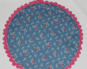 Crocheted cotton Potholder hand/color string, Fuchsia and liberty fabric