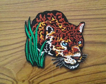 Leopard Embroidered Applique Iron on Patch (L)
