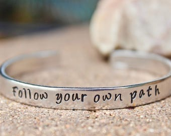 Follow your own path bracelet, Inspirational bracelet, Cross Arrows Bracelet, Mantra Bracelet, Mantra Bangle, Follow your own path bangle