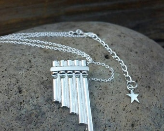 Peter Pan Flute Necklace, Pan Flute Pendant, Neverland, Peter Pan Costume Jewelry, Peter Pan Jewellery, Peter Pan Cosplay, Music Necklace