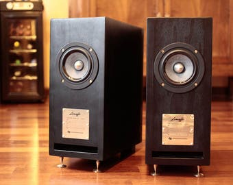 High-End Stereo Speakers Hand Made in Italy. Audiophile quality with fir and beech quality plywood. CUSTOMIZABLE! WorldWideShipping