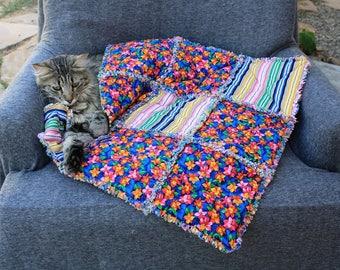 Pet Accessories, Pet Bedding, Pet Crate Mat, Pet Travel Bed, Pet Bed, Luxury Pet Bed, Fabric Pet Blanket, Cat Blanket, Cat Quilt, Cat Bed