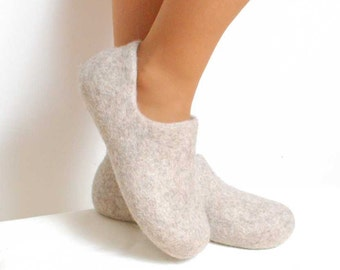 Felted wool clogs just beige - organic eco friendly cream unisex slippers - felted slippers - handmade felt wool house shoes