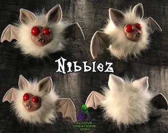 Alcove: Nibblez Doll - White