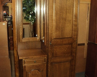 Oak German Wardrobe Chifferobe w. Doors and Drawer