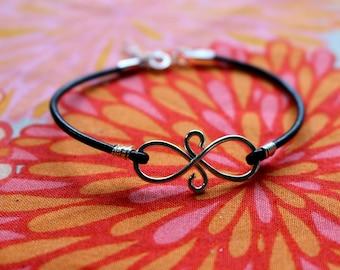 Graduation Best Friends Infinity Bracelet - Eternal Friendship Symbol Charm Leather Silver Gift Best Friends Sisters Sorority Team Birthday