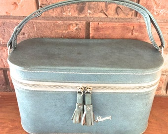 Vintage Skyway Luggage Carry On Train Case