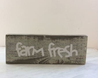 "Handmade ""Farm fresh"" sign"