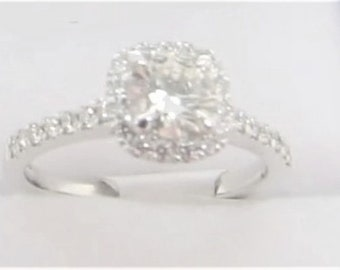 0.50ct Diamond Centre Cluster 18 ct White Gold Ring (0.80ct total)