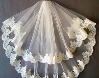 White Bridal Wedding Veil With Comb Lace Applique Edge 2 Tiers