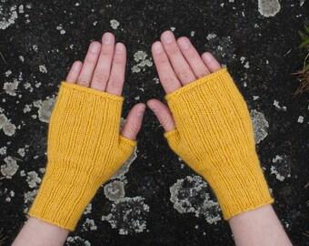 Yellow gloves, fingerless gloves, yellow, size S - M (women), wristwarmers, wool, alpaca, soft gloves