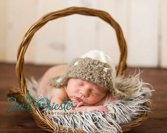 Aviator lumberjack hunter bomber earflap baby hat boy girl unigender newborn photo photography prop creamy white taupe grey hand knit