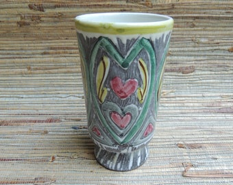 Laholm Sweden Hearts & Leaves Sgraffito Pottery Vase Signed Gray White Red Green