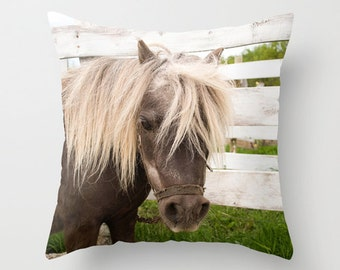 Modern Farmhouse Chic Style Gift, Horse Themed Throw Pillow Cover, Equestrian Cushion Case, Rustic Home Decor, Handmade in Canada