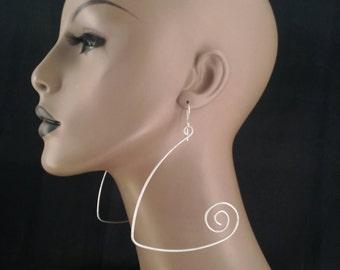 Unique Shape Wire Earrings, Womens Earrings, Ladies Earrings, Womens Jewelry, Ladies Jewelry, Dangling Earrings