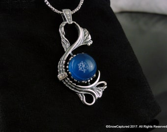Real Preserved Snowflake™ 5mm Grade AA: Pendant Necklace