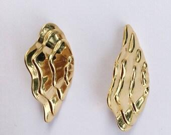 Gold Tone Wave Wing Pierced Earrings