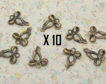10 x 16mm bronze ribbon bow charm / 22mm