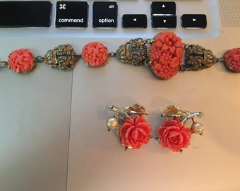 Old Bracelet and clip earrings with plastic coral from the 50s.