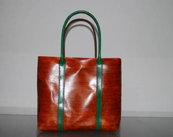 Bag Panta Rhei with removable clutch and belt