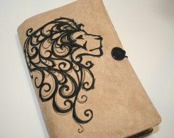 Lion geborduurd Boek Cover