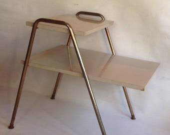 Midcentury 2 tier end table / blonde wood formica/ retro style