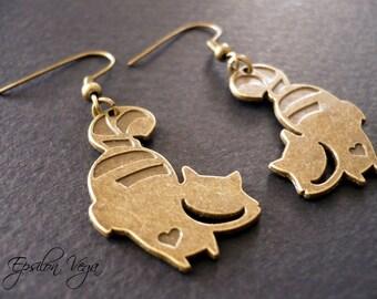 Alice in Wonderland earrings - cheshire cat