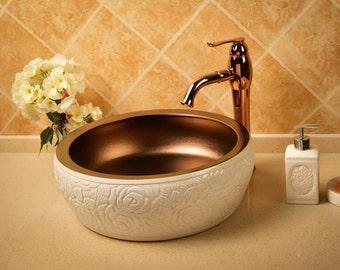 TheOne Hand-sculptured porcelain vessel sink, Verona