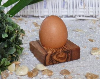 Egg Cup Troué