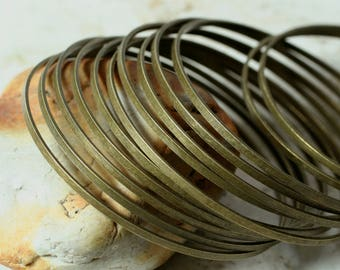 Stacking Bangle, Stackable Bangle, Antique Brass Bangle, Bangle Set, medium to large size, 2 pcs (item ID FA00143AB)