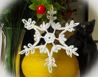 Crochet snowflake Winter decor Crochet ornaments Glitter white/silver crochet snowflake Handmade ornaments Lace snowflake S19