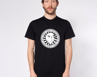 KillerBeeMoto: God Save The Queen Pound Coin With Motorcycle Helmet Short Or Long Sleeve T-Shirts