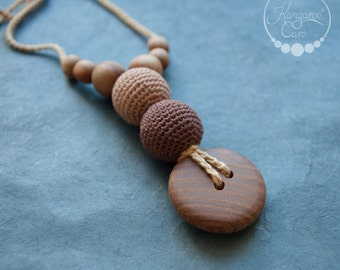 New Mother Gift - The Best Babywearing Nursing Necklace / Teething Necklace Wood Crochet / Breastfeeding Jewelry - Cappuccino