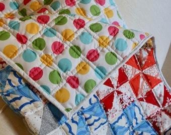 Baby Quilt: Pinwheels