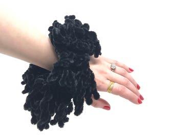 Volumising Hijab Scrunchie Plain Big Hair Ring Tie Bun Clip Hijab Scarf Volumizer Khaleeji