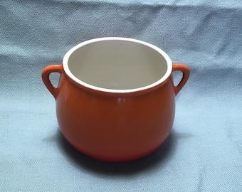 Cousances Cast Iron Fondue Pot, Superb Condition Volcanic Orange Bean Le Creuset