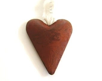 Rusty Heart . country wedding decor . country wedding favors . metal heart ornament . rustic heart . western wedding decorations