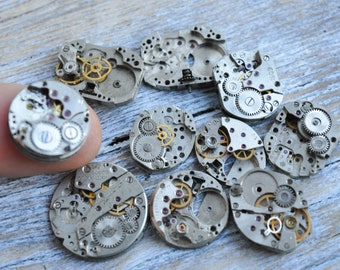 0.5-0.7 inch Set of 10 vintage wrist watch movements.