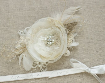 Wedding hair flower hairpiece.Bridal hair piece.Wedding hair piece.Bridal hair flower clip.Bride hair accessories.wedding headpiece