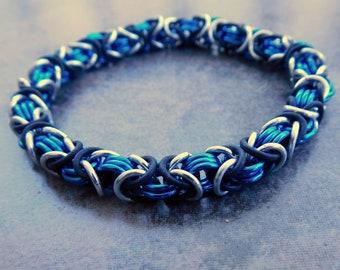 Anodized Aluminum Chainmail Stretch Bracelet - Blue Chainmaille Byzantine Bracelet - Chainmail Jewelry