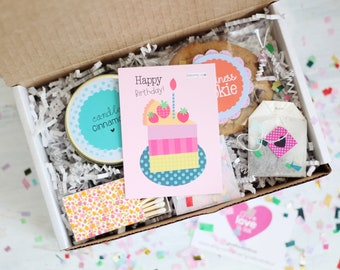 Happy Birthday Gift Box - Send a Birthday Gift | Birthday in a Box | Friend Gift | Happy Day Gift | Birthday Card