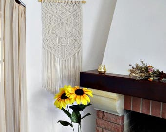 Macrame wall hanging Flower of fortune Bohemian decor Boho decor Macrame decor Macrame fiberv art Bohemian wall hanging Boho chic decor