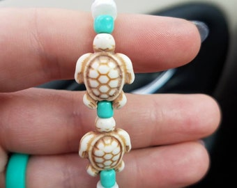Turtles at the beach beaded bracelet size S-M