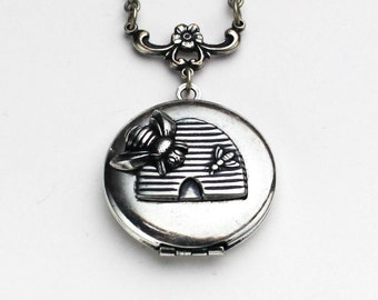 Personalized, Bee Locket, Honey Bee Jewelry, Bee Necklace, Queen Bee, Locket, Locket Necklace