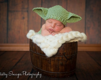 Star Wars Yoda Baby Hat & Diaper Cover Set Newborn 3m 6m Crochet Photo Prop Baby Clothes Boys Girls Gender Neutral CUTE Dads Love This