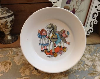 Vintage Raggedy Ann and Andy Plastic Cereal Bowl The Bobbs Merrill Company Inc. 1969