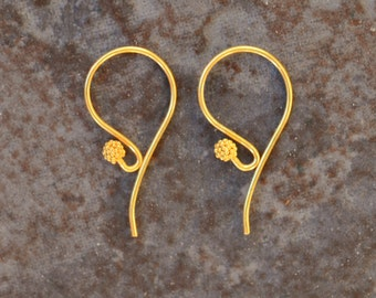 2 Vermeil Earwires with Ornamental Ball 21 x 11mm