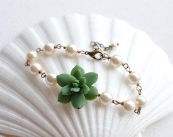 Green Succulent Bracelet , Succulent Jewelry, Succulent wedding theme jewelry, Green Succulent