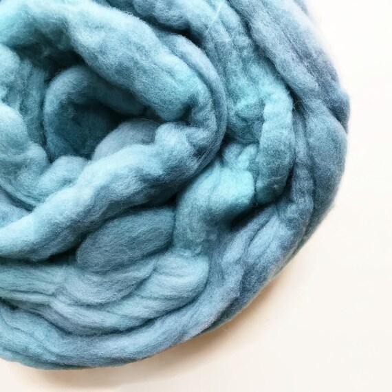BLUEFIN hand dyed roving merino wool 4 oz.